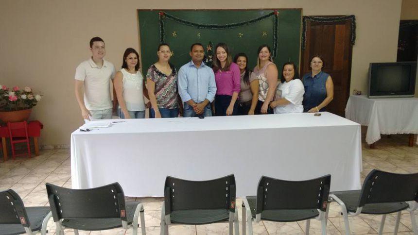 CONSELHEIROS TUTELARES TOMAM POSSE PARA GESTÃO 2016/2019