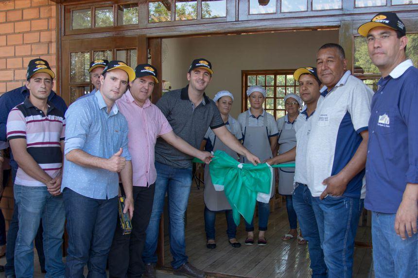 Inauguração do Centro de Comercialização - O Paiol