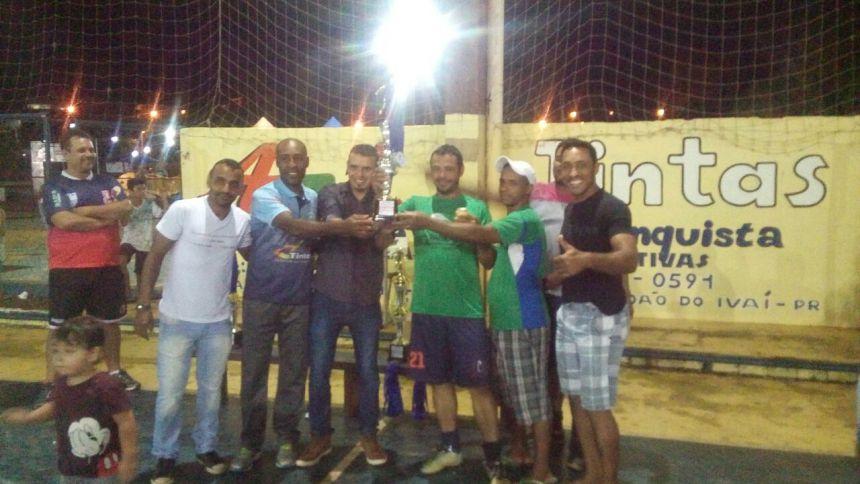"""C.VALE """"reina"""" no Campeonato Municipal de Futsal de São João do Ivaí"""