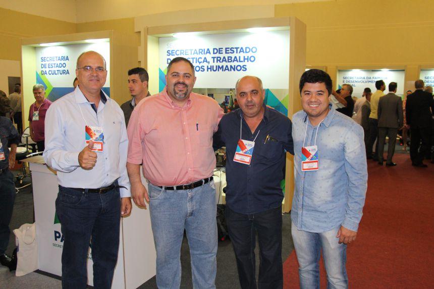Lideranças de São João do Ivaí participam de encontro promovido pelo Governo do Estado