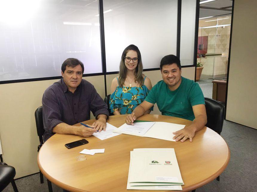 Prefeitura de São João do Ivaí abre licitação para compra de retroescavadeira