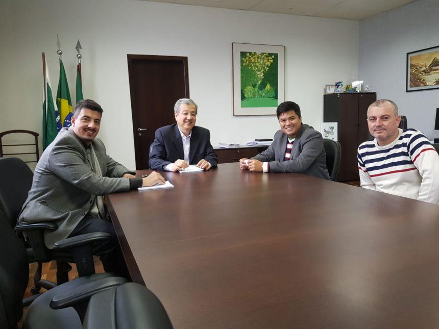 Hidek assina convênios com o Governo do Estado para novos investimentos