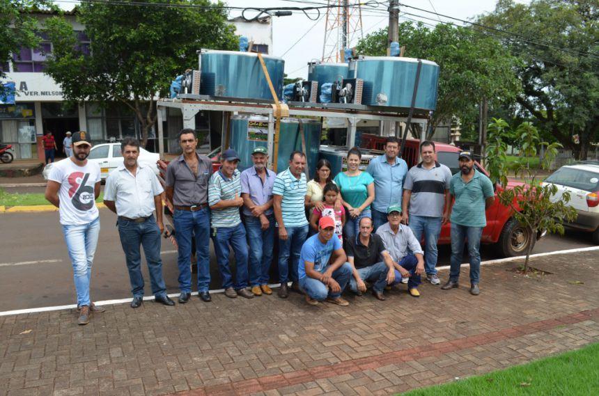 Produtores de São João do Ivaí são beneficiados com resfriadores de leite