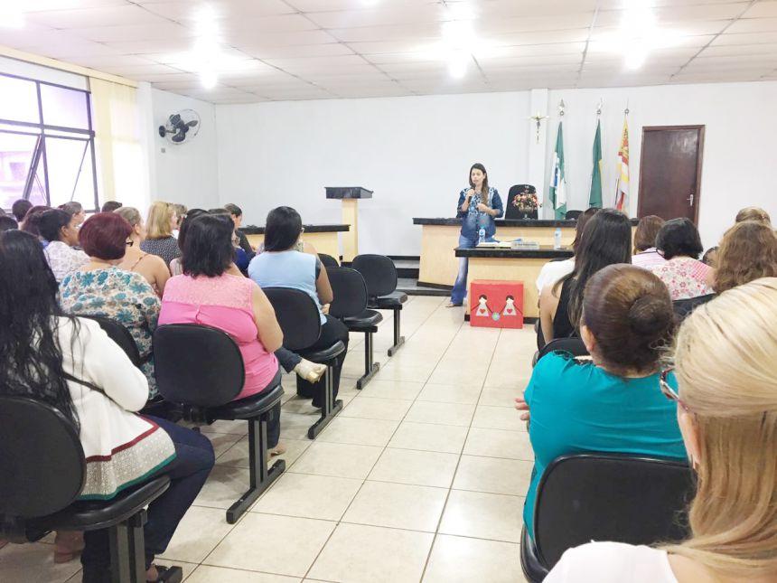 Ano letivo começa em São João do Ivaí com palestra e anúncio de projeto literário