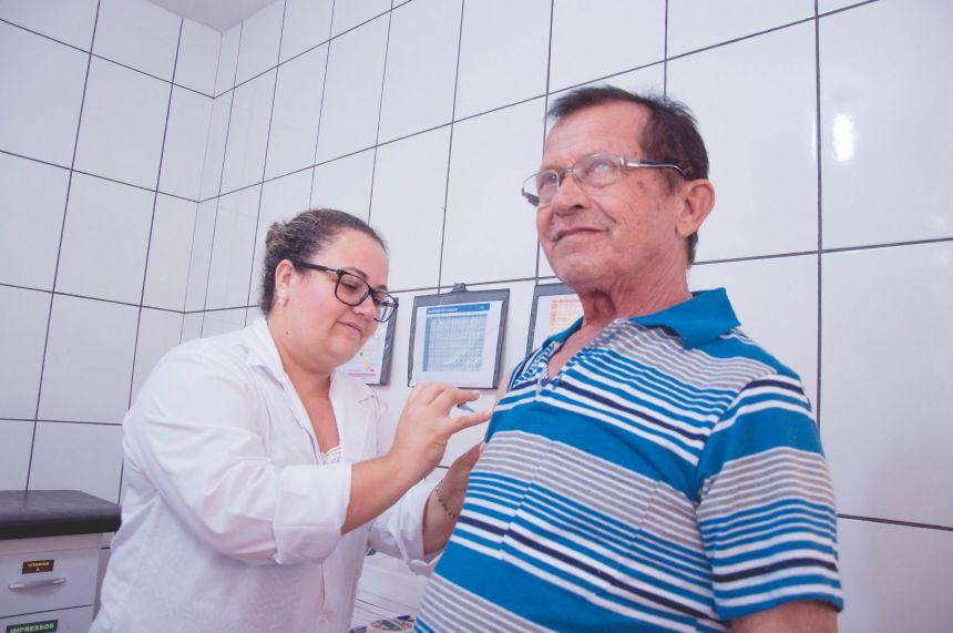 Campanha contra gripe movimenta posto de vacinação em São João do Ivaí