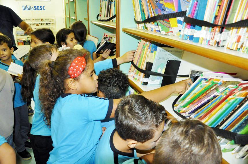 BiblioSesc incentiva leitura em São João do Ivaí