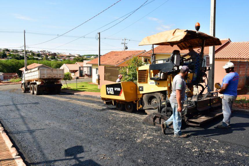 Asfalto muda realidade de moradores do Conjunto Alceu Marcos