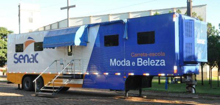 Carreta-escola do SENAC oferece cursos gratuitos para São João do Ivaí