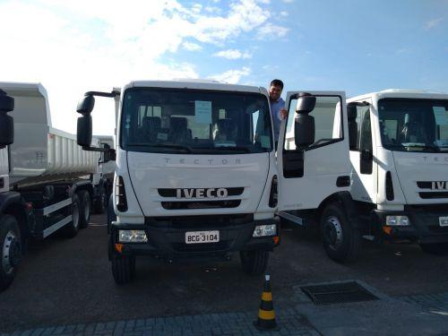 São João do Ivaí recebe caminhão e abre licitação para adquirir mini usina de asfaltod