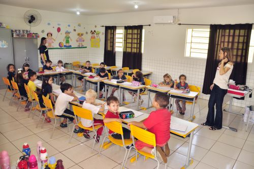 Salas de aula do CMEI Jovita Cruz são climatizadas com ar-condicionado