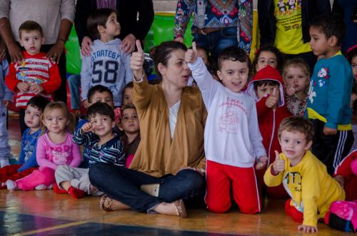Alunos de São João do Ivaí participam de projeto alusivo ao Dia da Criança