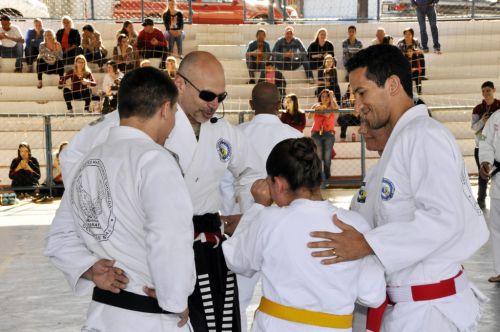 Evento de Karatê reúne mais de 70 praticantes em São João do Ivaí