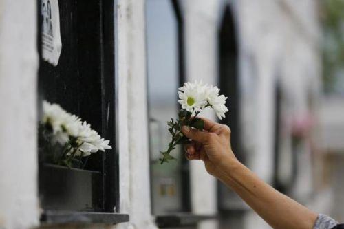 Prefeitura de São João do Ivaí divulga prazos para reforma e limpeza no cemitério