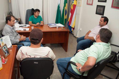 Prefeitos se reúnem para discutir investimento integrado em pavimentação