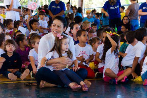 Escolas Municipais se envolvem na luta contra a dengue
