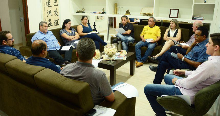 Pegoraro reúne secretários e projeta trabalhos em 2019