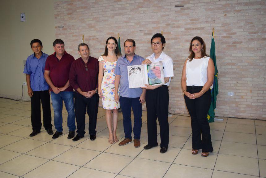 Cônsul do Japão visita Assis e Hospital Moacir Micheletto pode receber recursos