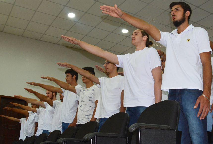 Junta Militar convoca jovens alistados em 2018 para Juramento à Bandeira