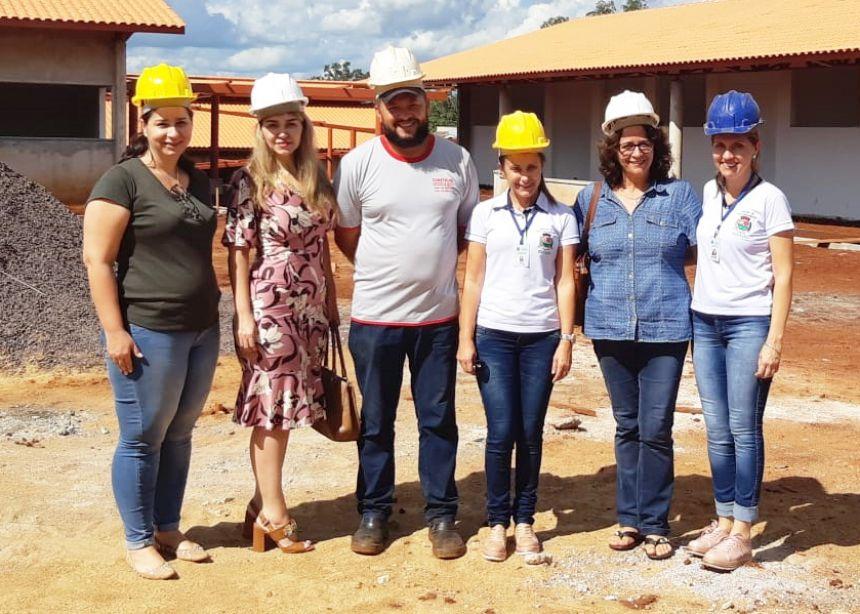 Conselho de Educação acompanha obra na escola do Jardim Mônaco