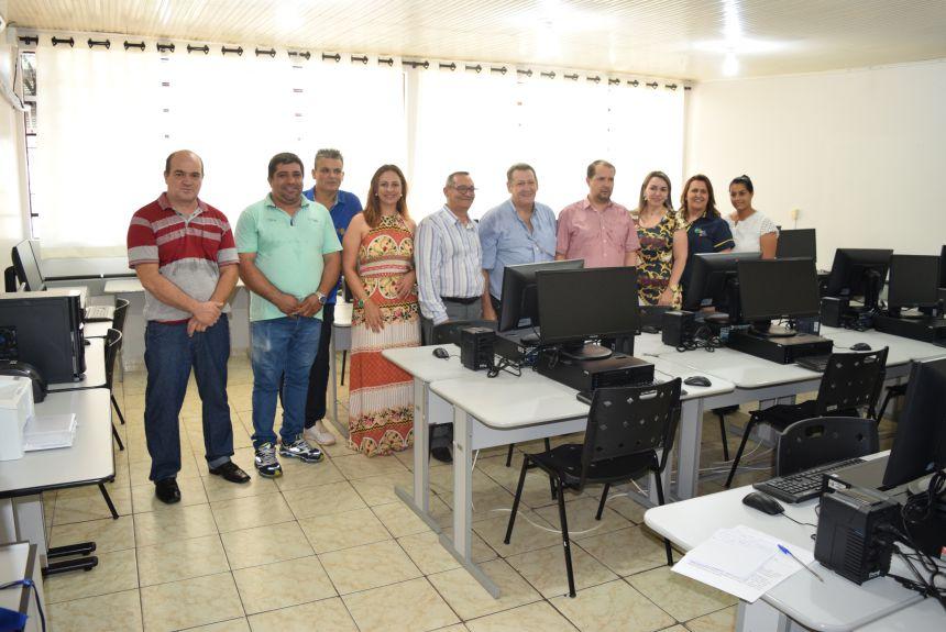 Telecentro Comunitário na Escola Municipal Prof. José Paschoal de Paula