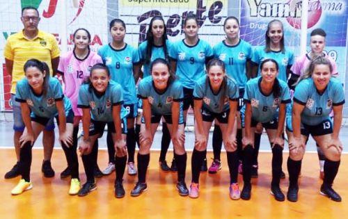 Feminino de Assis conquista etapa da Copa Feras de Futsal