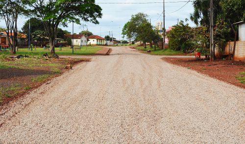 Ruas de distritos e patrimônios recebem melhorias