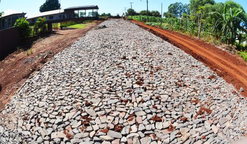 Município inicia calçamento poliédrico na comunidade São Cosme