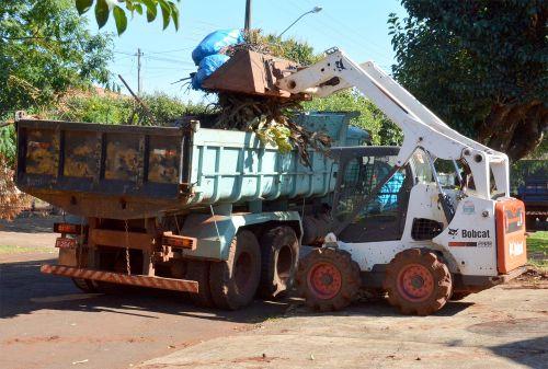 Mutirão de limpeza começa segunda-feira no patrimônio Azaury