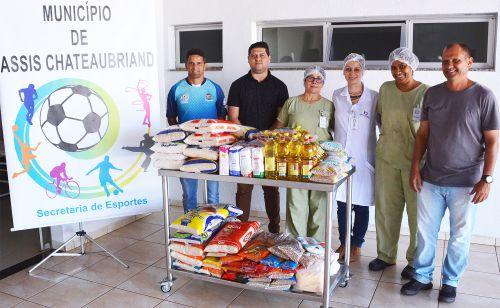 Secretaria de Esportes repassa alimentos ao Hospital Beneficente