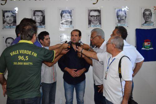 Marcel Micheletto anuncia renúncia do cargo de prefeito