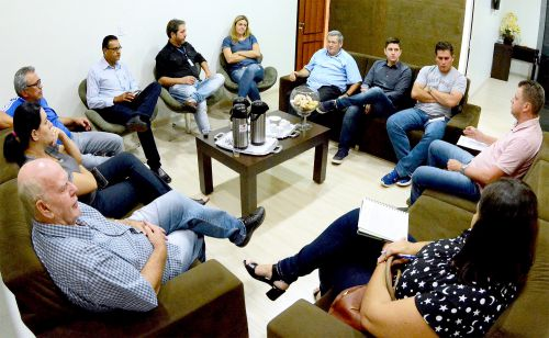 Governo Municipal discute prioridades para abertura de concurso público