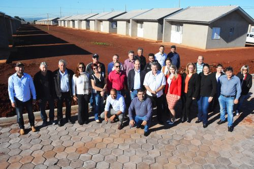 Pegoraro, Micheletto e vereadores acompanham obras que somam R$ 25 milhões em investimentos