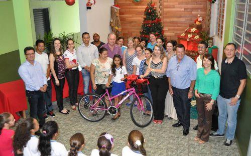 """Projeto """"Cidade Limpa"""" premia alunos em Assis Chateaubriand"""