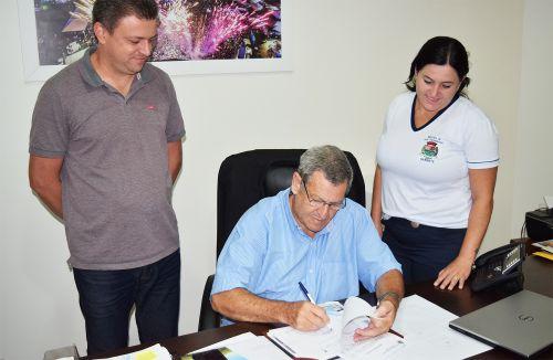 Assinada ordem para construção de galpões na Feira do Jardim Progresso