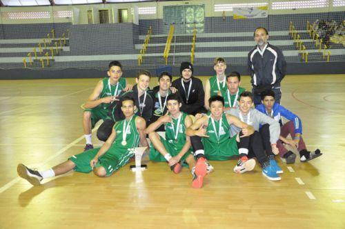 ASSIS CHATEAUBRIAND: Foz vence a segunda e fatura o título do basquetebol