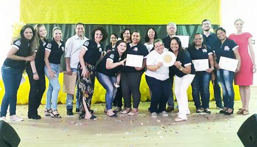 Equipe de Saúde do Araçá é condecorada com Selo Bronze