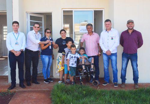 Residencial Micheletto: Moradores recebem chaves e sonho da casa própria é realizado