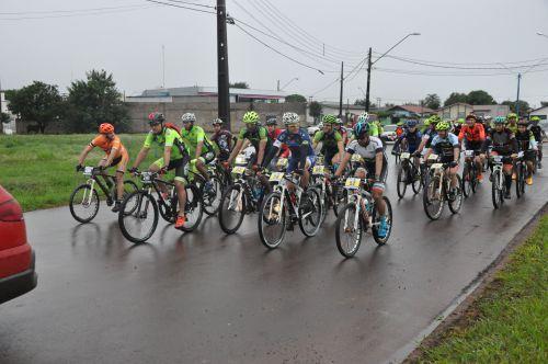 Assis Chateaubriand garante oito pódios em casa no Regional Oeste de Mountain Bike