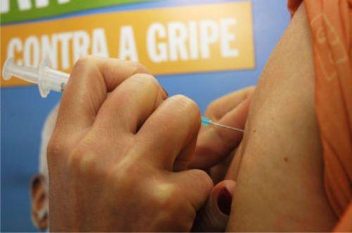 Assis continua com doses da vacina contra a gripe