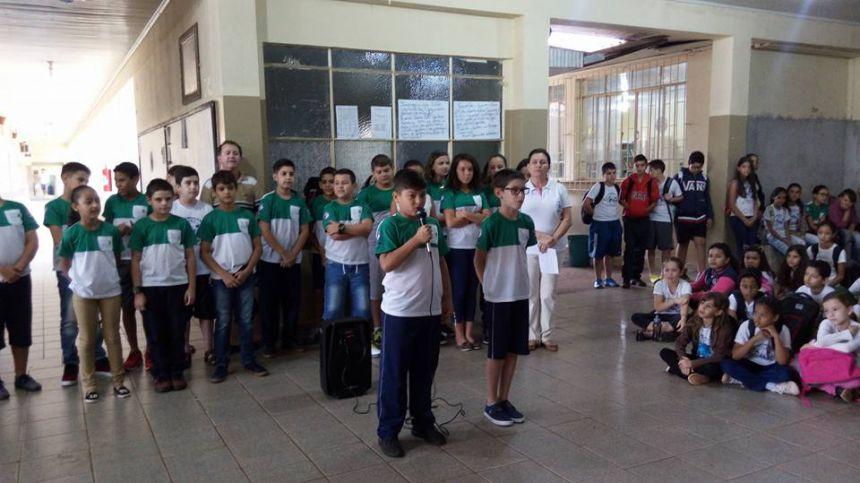 Escola Municipal comemora emancipação política