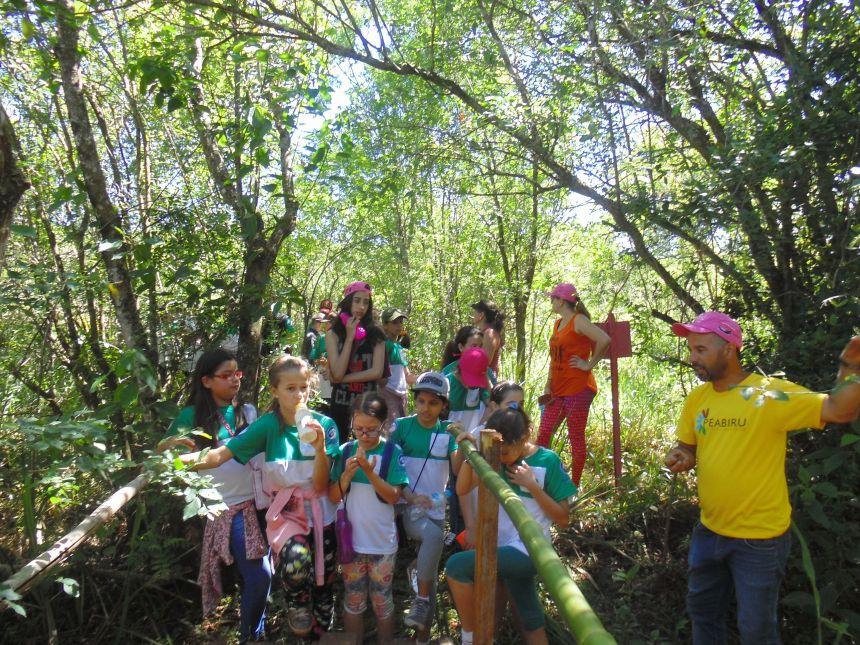 Alunos de Araruna participam de Trilha pelos Caminhos de Peabiru