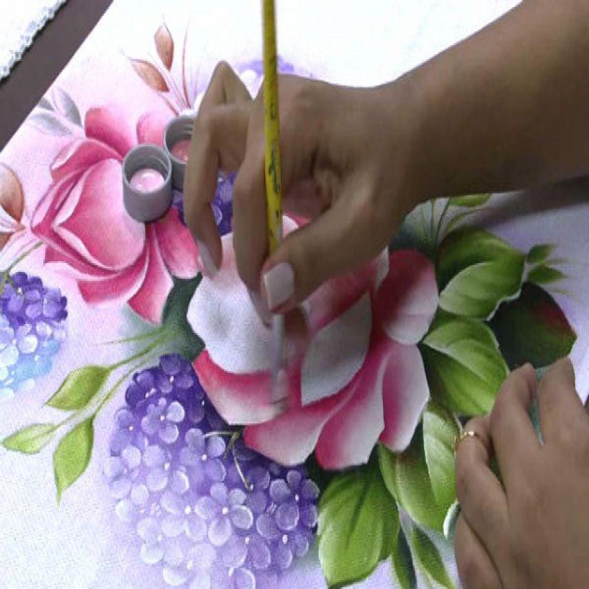 Casa da Cultura abre vagas para curso de Pintura em Tela e Tecido