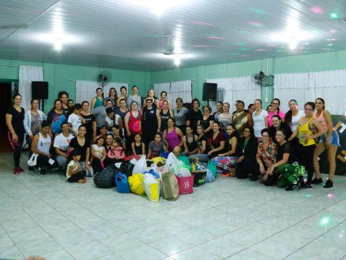 Comunidade marca presente em aulão beneficente. Fotografia: Jhony de Oliveira Lima.