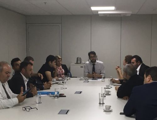 Em reunião na FUNASA, Prefeito de Araruna apresenta demandas do município. Fotografia: Leandro Cesar de Oliveira.
