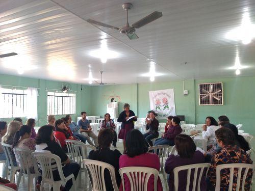 Comunidade participa de reunião sobre programa social. Fotografia: Jhony de Oliveira Lima.