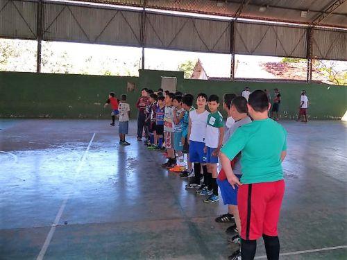 As atividades são coordenadas pela equipe do CRAS. Fotografia: Jhony de Oliveira Lima.