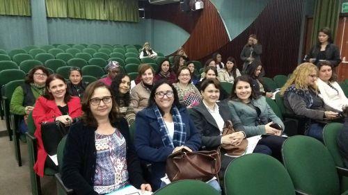 Professores de educação especial participam de formação continuada na UTFPR de Campo Mourão (PR).
