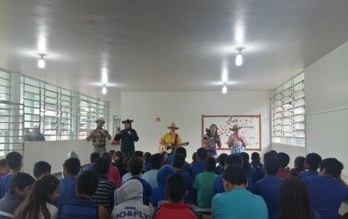 Teatro realizado pela equipe da Secretaria de Assistência Social. Fotografia: Jhony de Oliveira Lima.