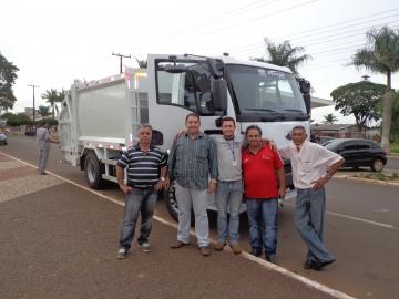 Araruna recebe Caminhão Compactador de Lixo