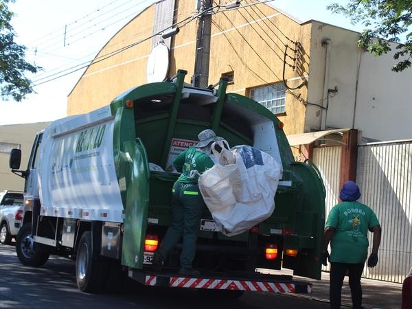 Coleta de lixo terá mudanças no Natal e Ano Novo